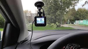 Тест <b>видеорегистратора</b> NAVITEL R300 <b>GPS</b>: четкий помощник в ...