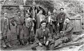 spanish civil war an essay on the political dimension of the revolution and the years immediately preceding it in spain during the 1930s the struggle of the spanish