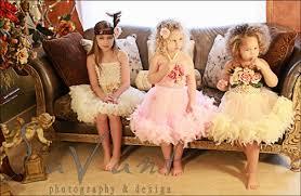 ملابس اطفال وفساتين روعة images?q=tbn:ANd9GcT