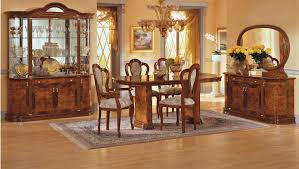 Traditional Dining Room Tables Vintage Green Wallpaper Traditional Dining Room Design Round