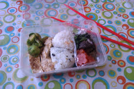 darning the divide as a thank you for me proof reading her essay my lovely ese friend made us a wonderful bento for lunch yesterday onigiri rice balls were so nice
