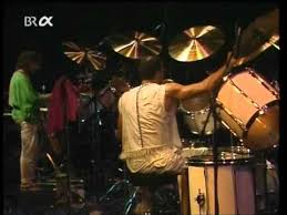 <b>Miles Davis</b> - <b>Tutu</b>. Live in Stuttgart 1988. - YouTube