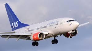 Flygexpert: <b>SAS</b> måste lämna olönsamma flyglinjer | SVT Nyheter