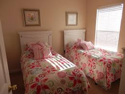 Bedroom For Two Twin Beds Small Bedrooms With 2 Twin Beds Bedding Bed Linen