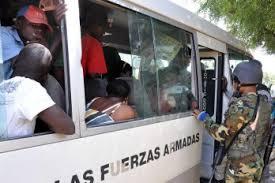 """Resultado de imagen para Continúa """"de manera normal"""" las deportaciones de indocumentados en la RD"""