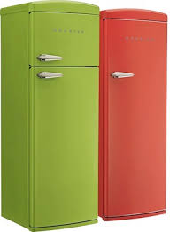 vintage kitchen appliance retro appliances: whereas smeg seems to favor design over features these fridges include a bit more such as automatic defrosting egg containers and an impressive freezing