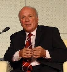 <b>Greg Dyke</b> - Wikipedia