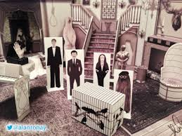 papercraft addams family mansion addams family set