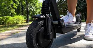 Chinese e-<b>scooter</b> manufacturer KUGOO has released a <b>new</b> model
