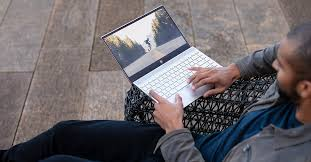 <b>HP Envy</b> 13 (2019) Review: HP's Best Clamshell Laptop Isn't a ...