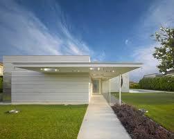 Esterni Casa Dei Designer : Foto e idee per facciate di case facciata una casa moderna
