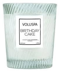<b>Ароматическая свеча Birthday Cake</b> VOLUSPA купить, цена на ...