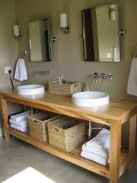 making bathroom cabinets: