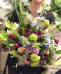 Livrare flori Bucuresti - Gama variata de flori si aranjamente florale