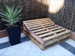 HOW TO BUILD A PALLET <b>DAY BED IN</b> 4 EASY STEPS | <b>Outdoor</b> ...