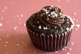 <b>Chocolate Salted</b>-<b>Caramel</b> Mini Cupcakes | Bake or Break
