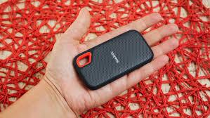<b>SanDisk Extreme Portable SSD</b> is a pocket storage powerhouse ...
