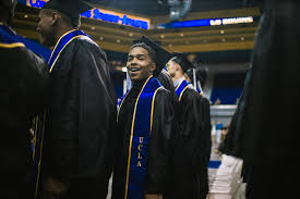 puff daddy the family justin combs graduates from ucla 035o5930