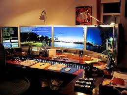 multi monitor pc is manily used for office purpose and by the help of this you can mange many work at a time amazing setting home office 3 office
