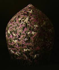 spanish artist creates delicate pressed flower sculptures 17 artist creates mobile homes