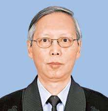 Law Wai-kwan. Retired Chief Inspector, Mr Law has served in the Force for over 37 ... - p01_23