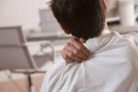 Những triệu chứng thoái hóa cột sống