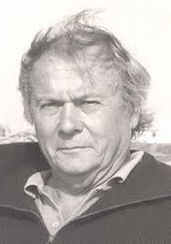 Bernard Thomas, journaliste au Canard Enchainé, a vécu un drame lorsque son fils Yann a failli perdre la vie en tombant sous un train à l'âge de douze ans. - bernard_200