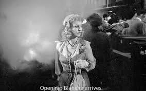 norman holland on elia kazan <em>a streetcar d desire< em streetcar ends unhappily but it s not a tragedy strictly speaking we do not start a character who is high and then brought low