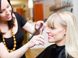 10 signs you have a bad hairdresser stylecaster beautician jobs