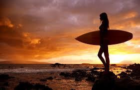 Resultado de imagen para surfer girl