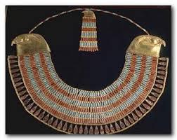 colar egípcio