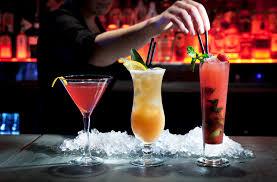 Znalezione obrazy dla zapytania barman