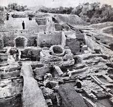 urban construction of mohenjo daro