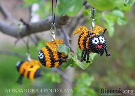 <b>Брелок</b> Пчелка | <b>Брелок</b>, Бисер