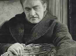 The Australian tenor Ronald Dowd appeared as Peter Grimes in the 1963 Sadlers Wells production. Grimes was his greatest achievement. - peter-grimes-1963-production5-1390912613-view-0