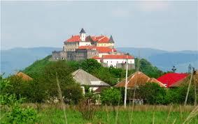 Картинки по запросу мукачевский замок