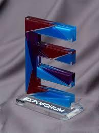 <b>Наградная статуэтка</b> из цветного акрила. Аппликация.