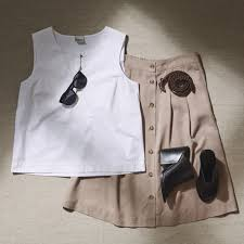 what to wear to work the heat edit feel selected femme blog summer work wear 4