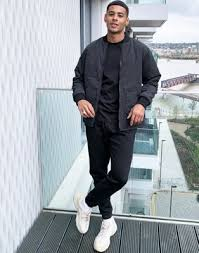 <b>Levi's hunters reversible</b> quilted woker jacket in black & camo | ASOS