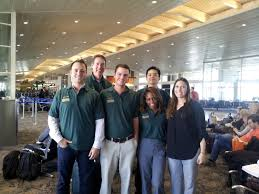 mba students study finance in university of south florida from left to right liz makofske eric labarre jeneca willis bradley gavornik