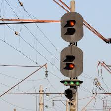 Железнодорожный светофор — Википедия