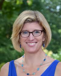 Amy Wheeler started as Upper School Director in 2010, inspired by the intellectual vibrancy, social consciousness, ... - BCDT10021