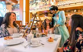 Disneyland Has a <b>New Luxury Princess</b> Brunch — and Theme Park ...