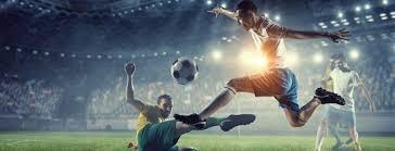 Прочитайте: 5 профессиональных футбольных мячей известных ...