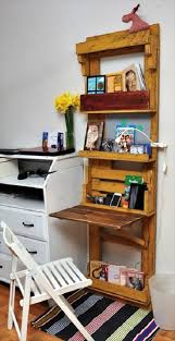 reclaimed pallet space saver desk diy home office desk recycled