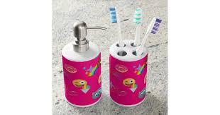 hot <b>pink</b> emoji bathroom <b>toothbrush</b> bath set | Zazzle.com