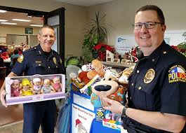 <b>Santa</b> Cops returns this year, but without <b>toy</b> donations - Cross ...
