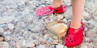 8 Best Water <b>Shoes</b> for the <b>Beach</b> 2020 | Family Vacation Critic