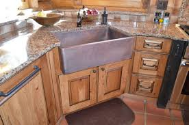 hammered copper kitchen sink: image of  hammered copper farmhouse sink