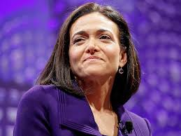 sheryl sandberg dedicates mother s day essay to single moms